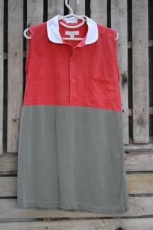 """Love this crisp clean all cotton tunic. Buttoned Bottom back makes for comfy adjustable fit for those of us with a healthy all about that bass"""" section! Red sleeveless top , white Peter Pan collar. Cool crisp look! Click Here to purchase: BUY ME!"""